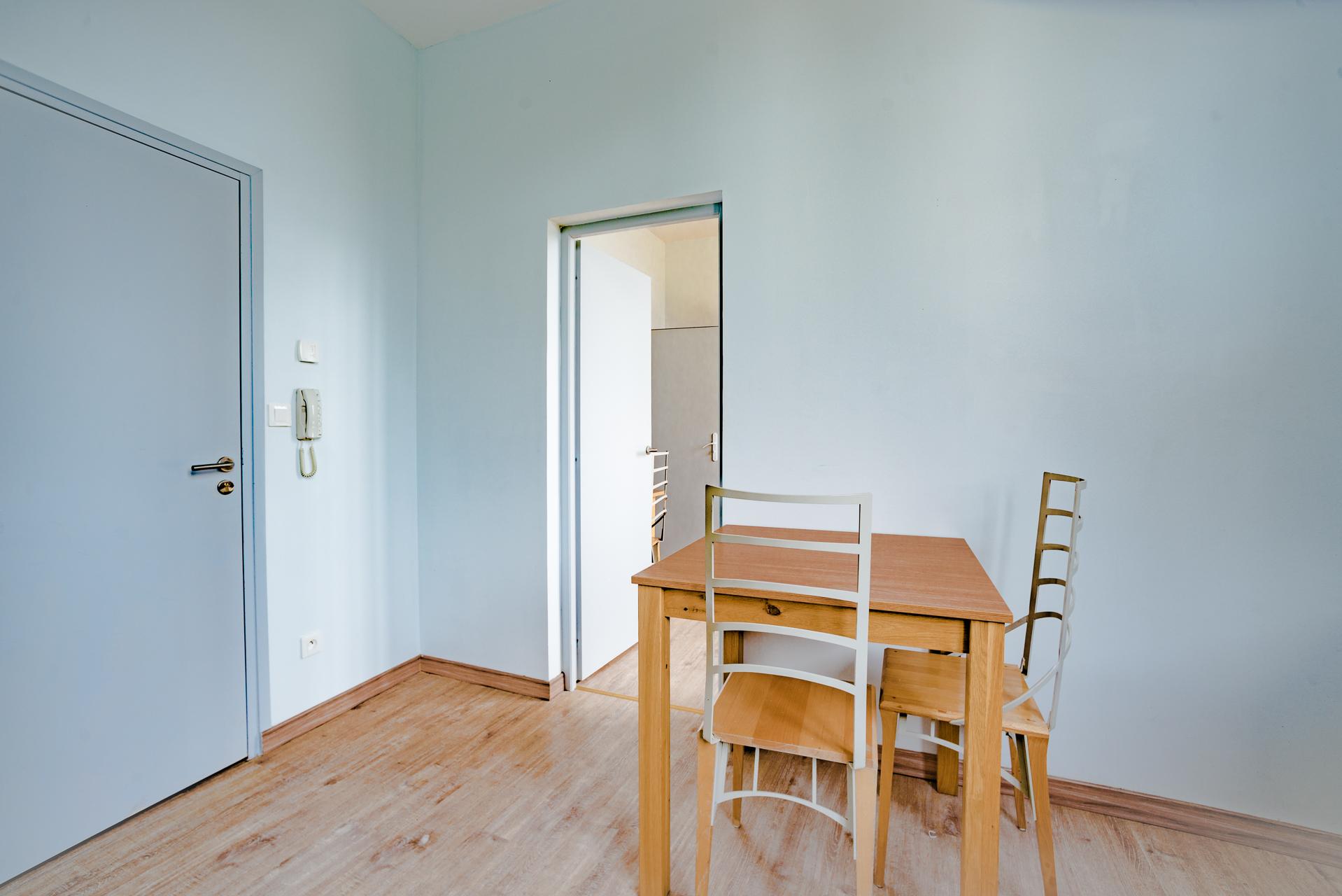Kitchen table Studio 207